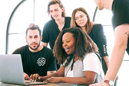Agence de marketing - Vérifier la compétence et la fiabilité